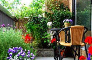 Обустройство маленького балкона. Вариант 1