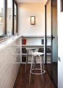 Обустройство маленького балкона. Вариант 9