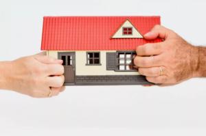 как разделить квартиру купленную в браке